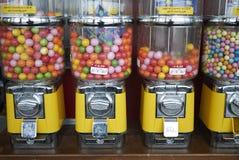 Erogatore di Candy con di gomma da masticare immagini stock