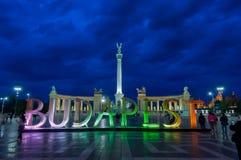 Eroi quadrati con le grandi lettere Budapest Fotografia Stock Libera da Diritti
