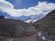 Erosie en smeltende gletsjers in rockies Royalty-vrije Stock Foto's