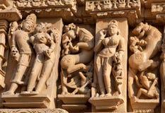 erotiskt berömdt india khajurahotempel Arkivbild