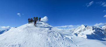 Erreichen der Spitze des Berges Stockfoto
