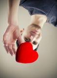 Erreichen für Liebe Stockfoto