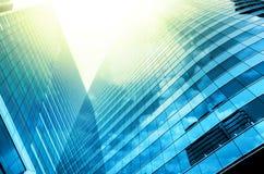 Errichtendes Glas des modernen Geschäfts Wolkenkratzer, Geschäftskonzept Stockfoto