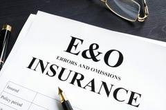 Erros e formulário do seguro E&O das omissões Responsabilidade profissional fotos de stock