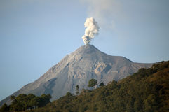 Errupting Volcano Royalty Free Stock Images