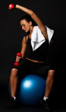 Erschöpfter Athlet im Gymnastikraum Lizenzfreie Stockbilder