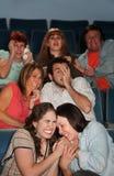 Erschrockene Leute im Theater Lizenzfreie Stockfotos