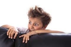 Erschrockener Junge Stockfoto