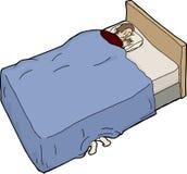 Erschrockener Mann und Füße unter Bett Lizenzfreies Stockbild