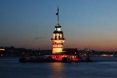 Erst`s Kontrollturm an der Dämmerung, Istanbul Stockfoto