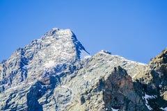 Erstaunliche alpine Landschaft Lizenzfreies Stockbild