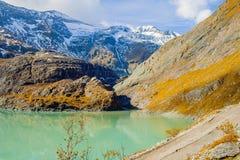 Erstaunliche alpine Landschaft Lizenzfreie Stockfotografie