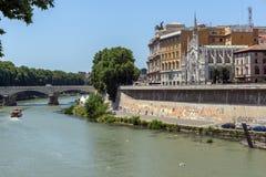 Erstaunliche Ansicht des Obersten Gerichts der Aufhebung und des Tiber-Flusses in der Stadt von Rom, Italien stockfotos