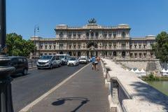Erstaunliche Ansicht des Obersten Gerichts der Aufhebung und des Tiber-Flusses in der Stadt von Rom, Italien lizenzfreie stockfotos