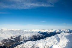 Erstaunliche Ansicht von der Spitze des Berges Stockbild