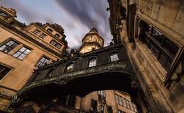 Erstaunliche Architektur in der alten Stadt von Dresden Stockfotos