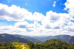 Erstaunliche Bergblicke Stockbild