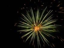 Erstaunliche Feuerwerke stockfotos