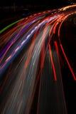 Erstaunliche Lichtspuren in der indonesischen Hauptstraße Lizenzfreies Stockbild