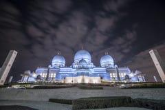 Erstaunliche Moschee Sheikh Zayed Grand Mosque an Sonnenuntergangzeit Abu-AVW Stockbild