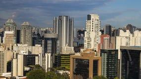 Erstaunliche Skyline von Sao Paulo - Wolkenkratzer von Sao Paulo, Brasilien stockfotos