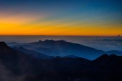 Erstaunliche Sonnenaufgangansicht von Adam-` s Spitze Lizenzfreies Stockfoto