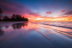 Erstaunliche Sonnenuntergangreflexion lizenzfreies stockfoto