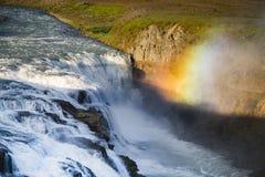 Erstaunlicher enormer schöner Wasserfall Gullfoss, berühmter Markstein in Island lizenzfreies stockfoto