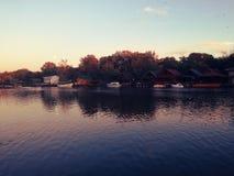 Erstaunlicher Fluss Bojana, Ada Bojana, Montenegro Lizenzfreie Stockbilder