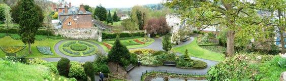 Erstaunlicher Garten Guildford-Innung - Panorama Stockfotos