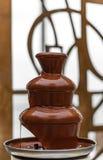 Erstaunlicher Schokoladenbrunnen Stockbild