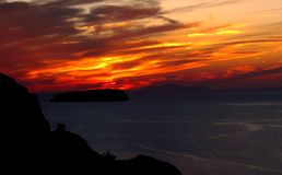 Erstaunlicher Sonnenaufgang bei Santorini stockbild