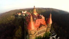 Erstaunliches Luftschloss in Polen stock video footage