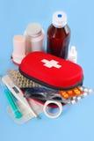 Erste-Hilfe-Ausrüstung Lizenzfreie Stockbilder