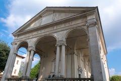 Erste Kapelle bei Sacro Monte di Varese Italien Lizenzfreies Stockfoto