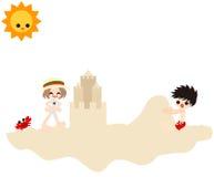 Erstellen auf dem sandigen Strand Lizenzfreie Stockbilder