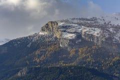 Erster Schnee auf Haut de Cry stockfoto