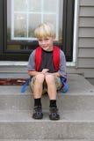 Erster Tag Little Boys der Schule stockbild