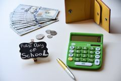 Erster Tag von Schulausgaben Lizenzfreie Stockfotografie