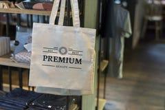 Erstklassiges Branding des Einkaufstaschemodells lizenzfreies stockbild