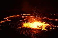 Erta强麦酒火山的爆发 库存图片