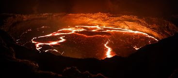 Erta Ale wulkanu krater, roztapiająca lawa, Danakil depresja, Etiopia Fotografia Royalty Free