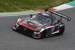 12 erts Hankook Mugello 18 Maart 2017: #17 IDEC-SPORT die, Mercedes AMG GT3 RENNEN Stock Fotografie
