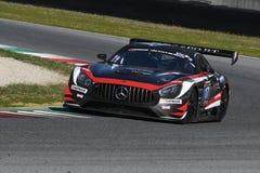 12 erts Hankook Mugello 18 Maart 2017: #17 IDEC-SPORT die, Mercedes AMG GT3 RENNEN Royalty-vrije Stock Foto's