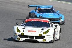 12 erts Hankook Mugello 18 Maart 2017: #488 octaan 126, Ferrari 488 GT3: Bjorn Grossmann, Fabio Leimer op Mugello-Kring Stock Afbeeldingen