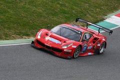 12 erts Hankook Mugello 18 Maart 2017: #11 Scuderia Praha, Ferrari 488 GT3: Jiri Pisarik, Josef Krà¡ l, Matteo Malucelli op Mu Stock Afbeelding