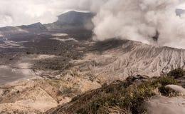 Erupção do vulcão de Bromo Fotografia de Stock Royalty Free