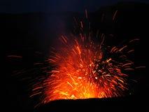 Erupção no vulcão Mt Yasur, Vanuatu Imagens de Stock