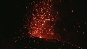 Erupción de Volcano Etna, Italia almacen de metraje de vídeo