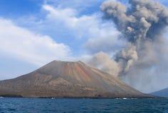 Erupción del volcán Imagen de archivo
